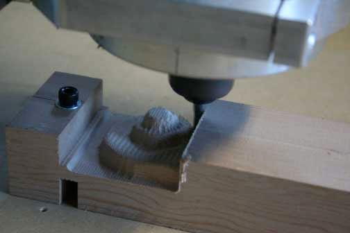 Photograph of the CNC machine carving the Betts violin reproduction. (Image: RSNA)