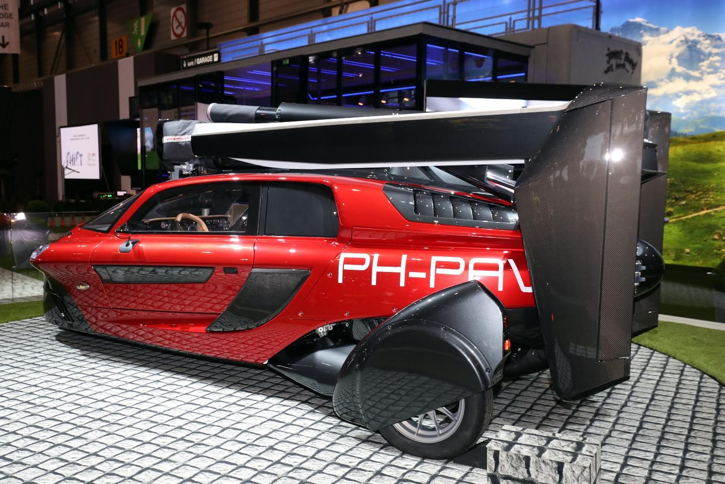 The 9-only, limited-edition PAL-V Pioneer will cost $600,000 and the subsequent Liberty Sport edition comes in at $400,000.