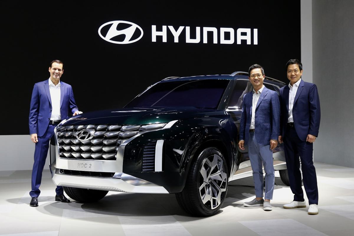 Hyundai introduces the HDC-2 Grandmaster at the Busan International Motor Show