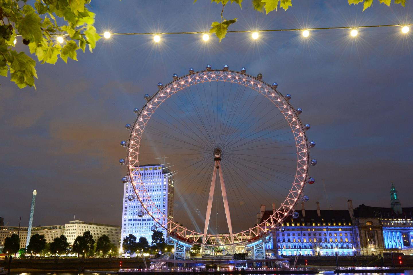 The light show will see the London Eye illuminated to display visual representation of what Brits think about the London 2012 Olympics