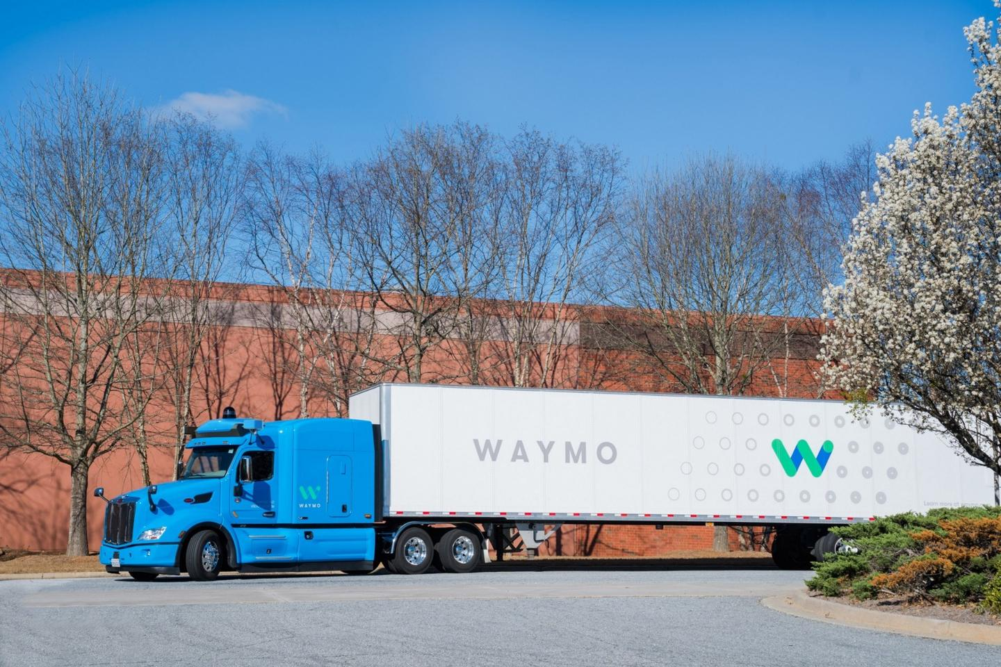 Controlling a truck is very different to driving a car, so Waymo's self-driving big rigs will have a trained human driver in the cab at all times