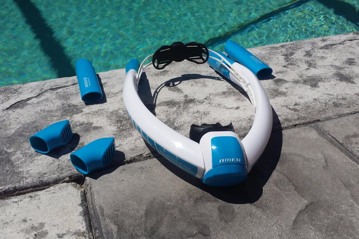 The Powerbreather comes with different attachments depending on whether you'll be swimming in calm or choppy water