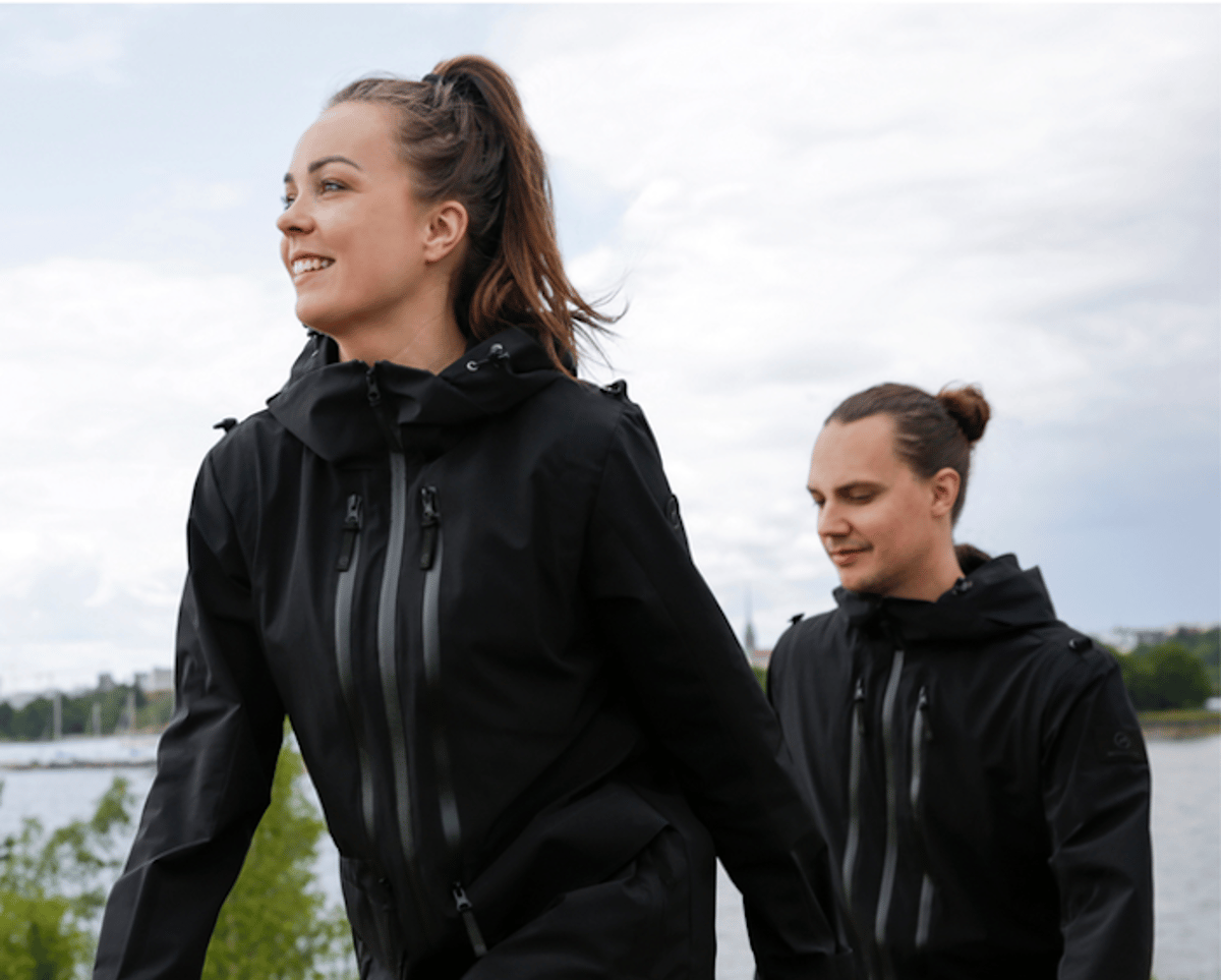 Europe's best designers created the HYBRID JACKET for active people