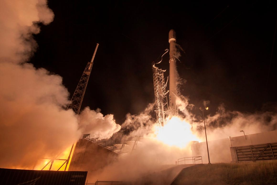 After delivering 11 communications satellites into low Earth orbit for the Orbcomm-2 mission, the booster re-entered the atmosphere and made its historic touchdown at Landing Zone 1