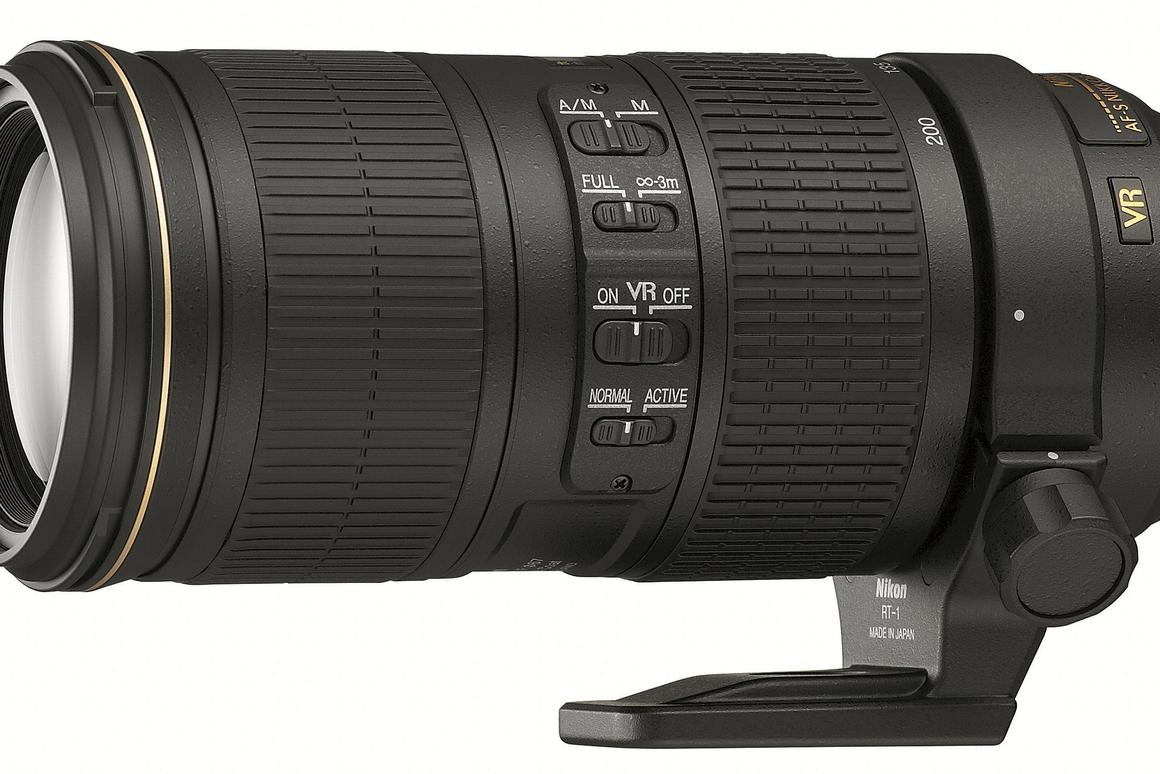 The Nikon 70-200mm f/4G ED VR boasts a constant f/4 aperture and promises up to five stops of image stabilization