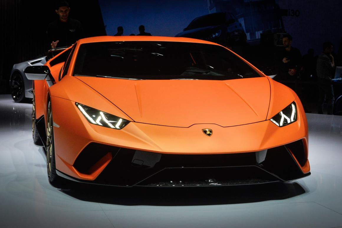 The Lamborghini Huracan Performante pulls a mean face for Geneva
