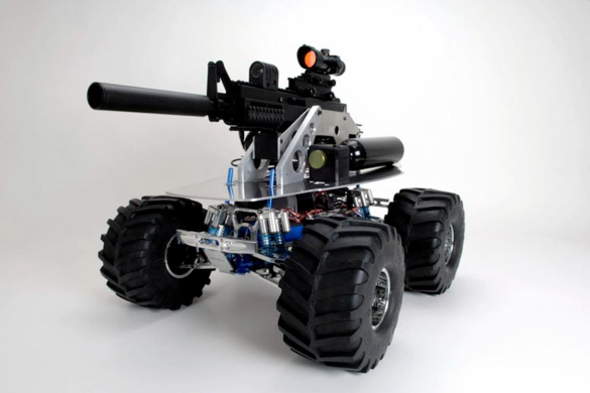 The Robotic Weapon or SWAT BOT features a 20-rounds-per-second paintball gun that can fire up to 250ft, wireless remote control, video and can travel at speeds in excess of 50mph