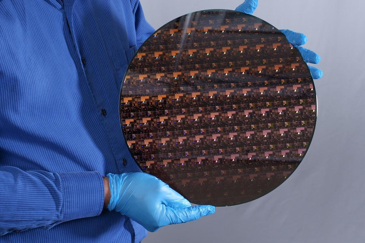 IBM has unveiled the world's first 2-nm chips
