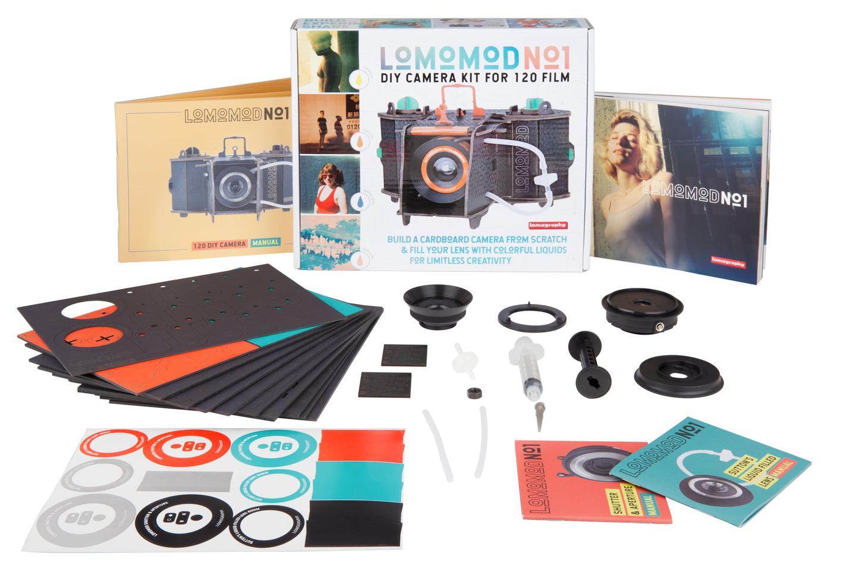 Полный комплект картонного фотоаппарата