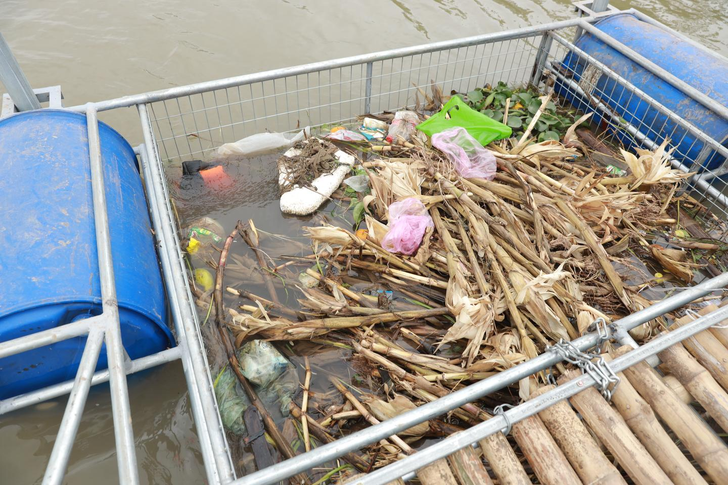 Local operatives will remove the trapped trash every three days for processing