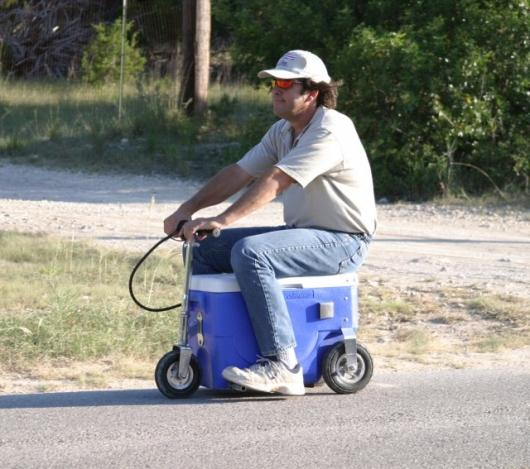The Cruzin' Cooler has a top speed of around 13mph