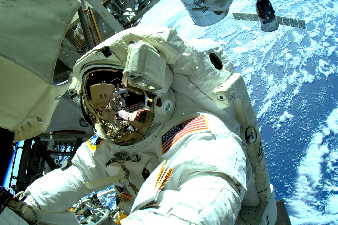 Commander Barry Wilmore accompanied Terry Virts on a spacewalk to reconfigure the ISS for a new docking port (Photo: NASA)