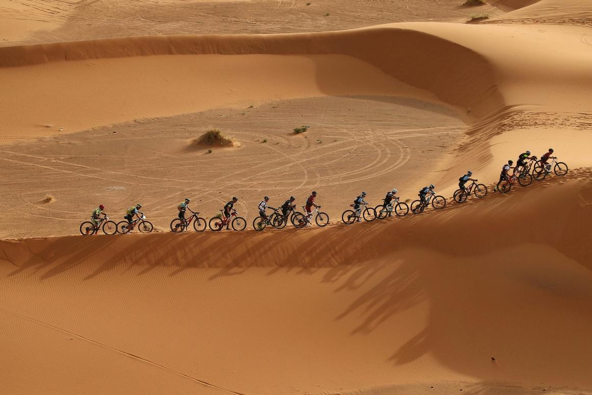 While somesections of the Gaes Titan Desert racetake place along rocky tracks, others see riders contend with very sandy surfaces through the dunes