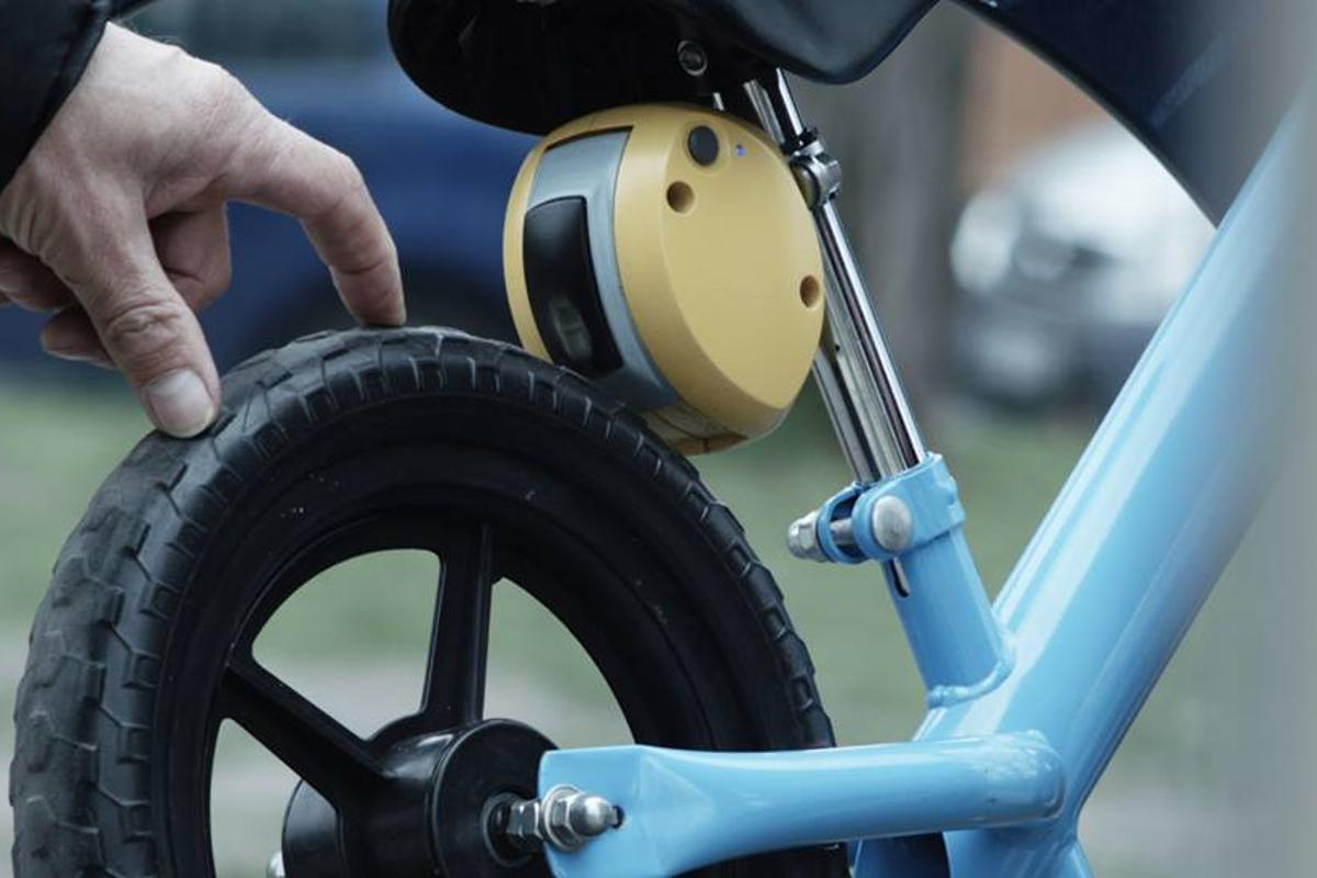 The MiniBrake enables parents to bring their child's bike to a halt within a range of 50 meters (164 ft)
