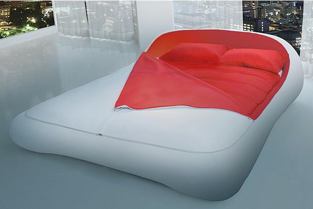 The Zip Bed simply zips and unzips