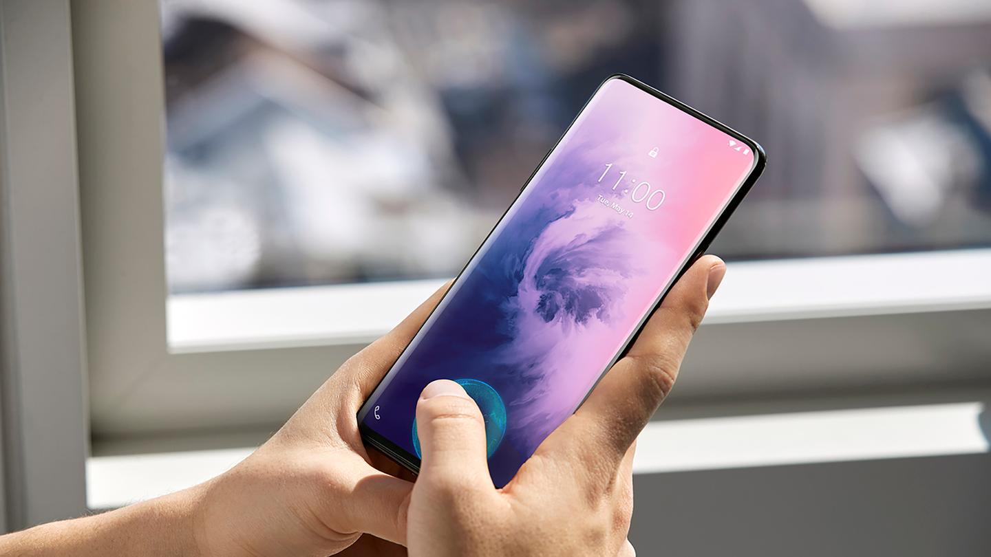 The OnePlus 7 Pro offers a 93 percent screen-to-body ratio