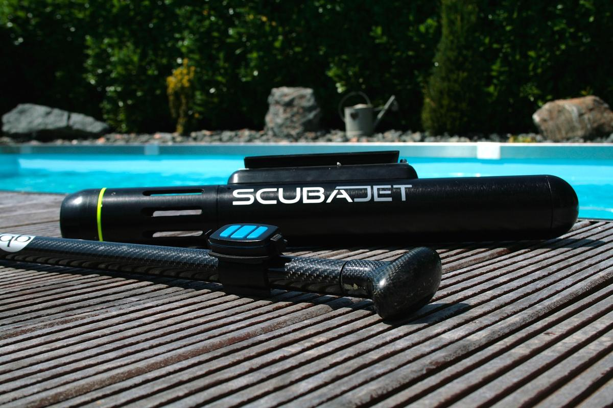The Scubajet brings motor power toclassicwater sports