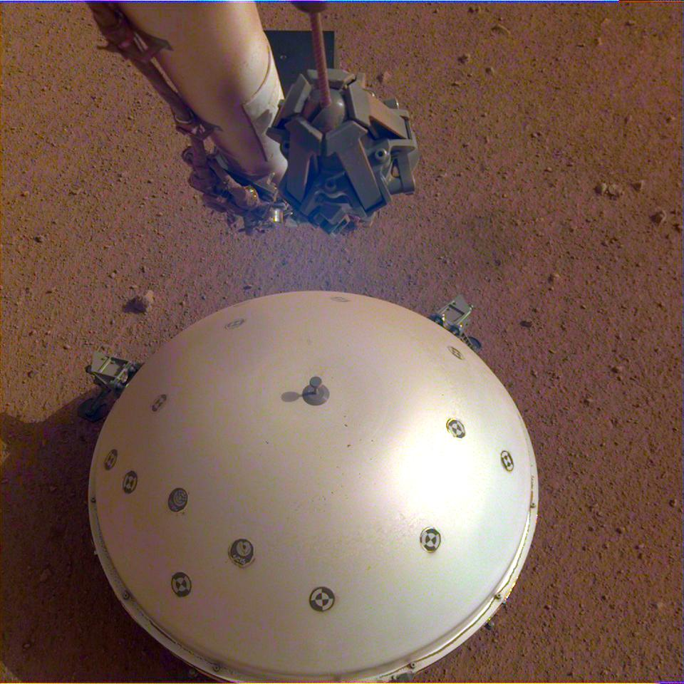 The Inssight's domed Wind and Thermal Shield coveringits seismometer