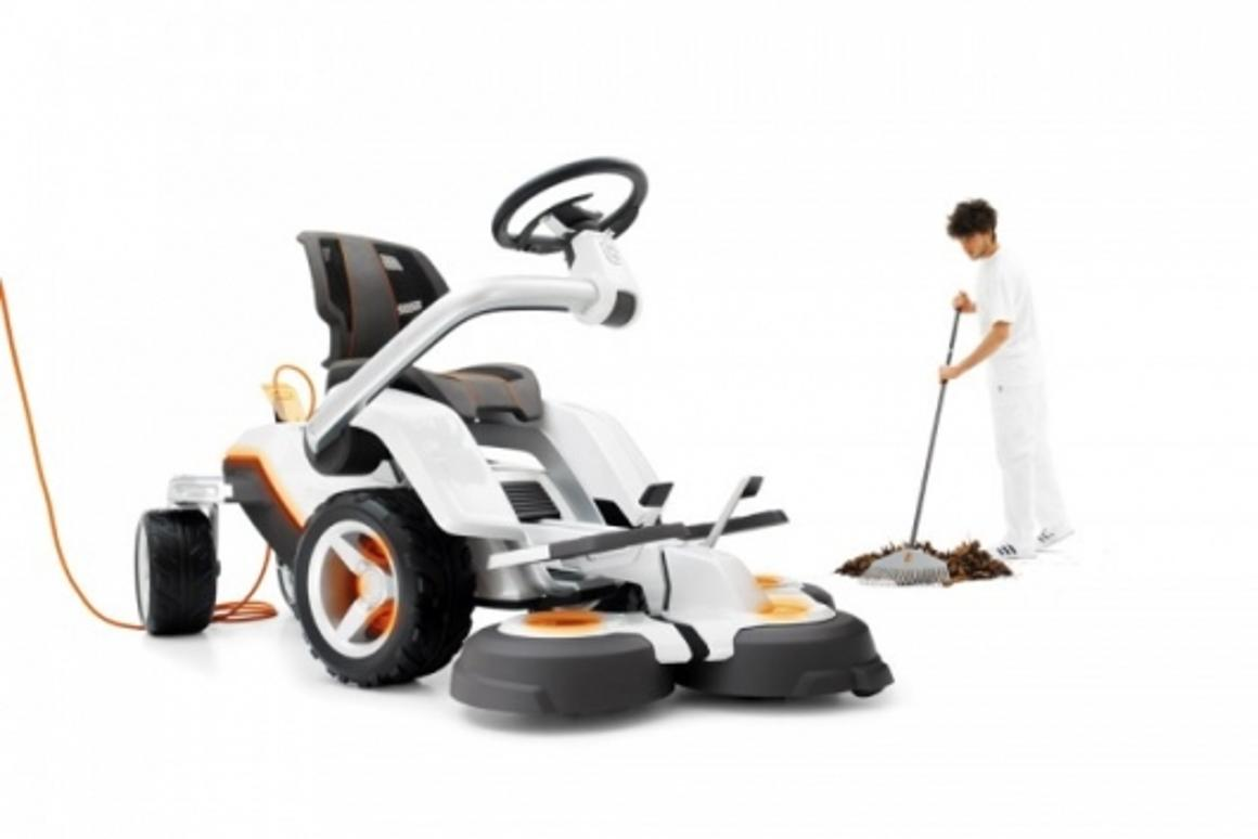 Husqvarna's electric Panthera Leo concept mower