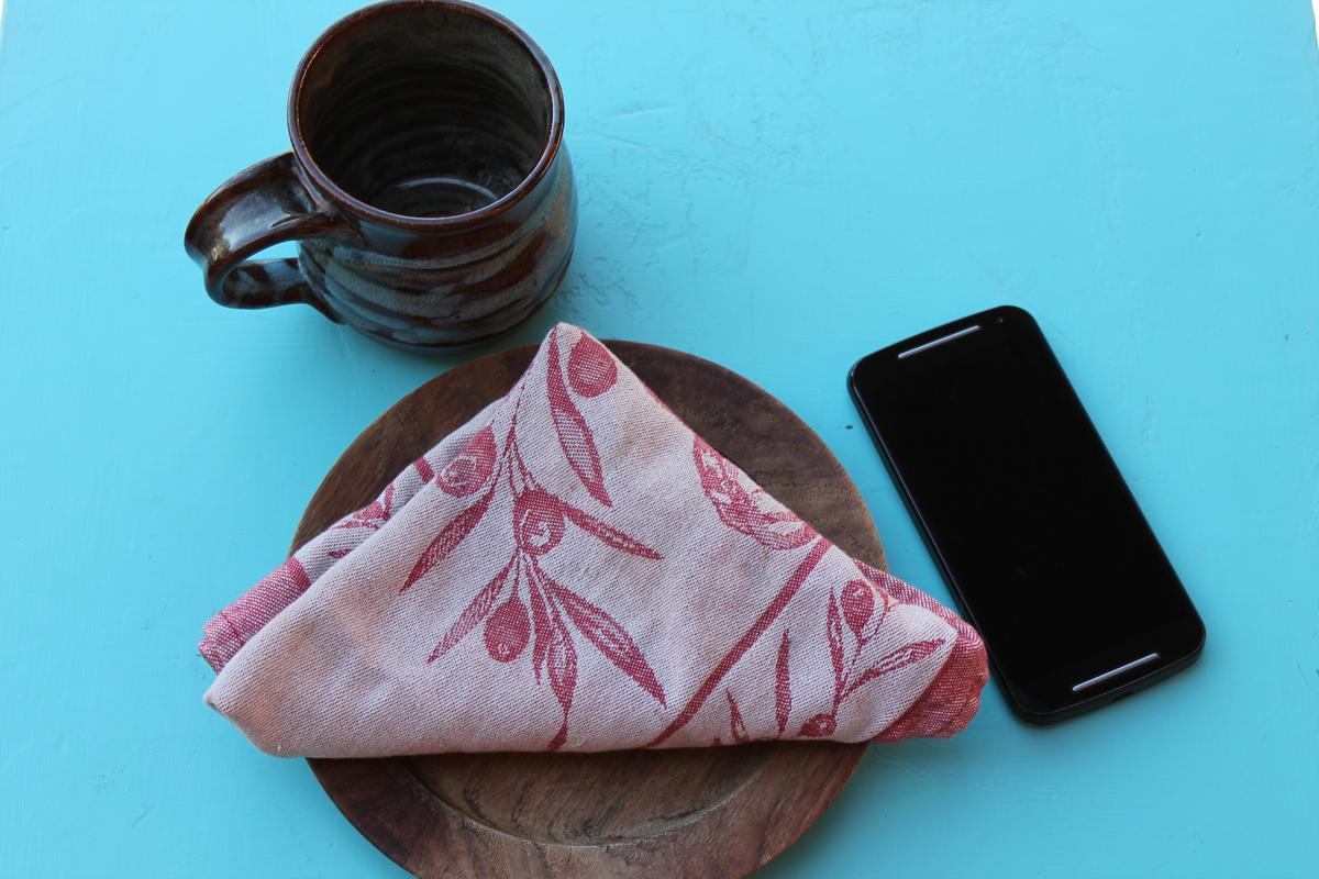 The 2nd generation Moto G has grown up a bit (Photo credit: Eric Mack / Gizmag)
