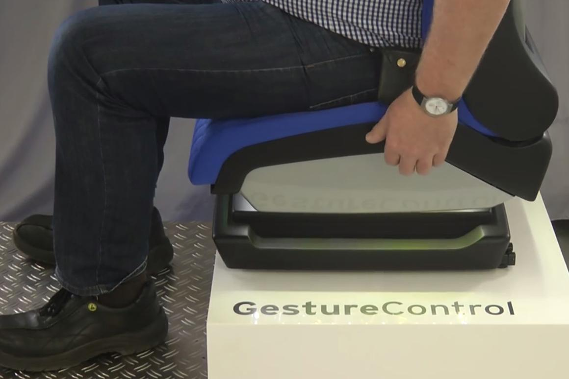 The seat incorporates piezoelectric and proximity-reading sensors
