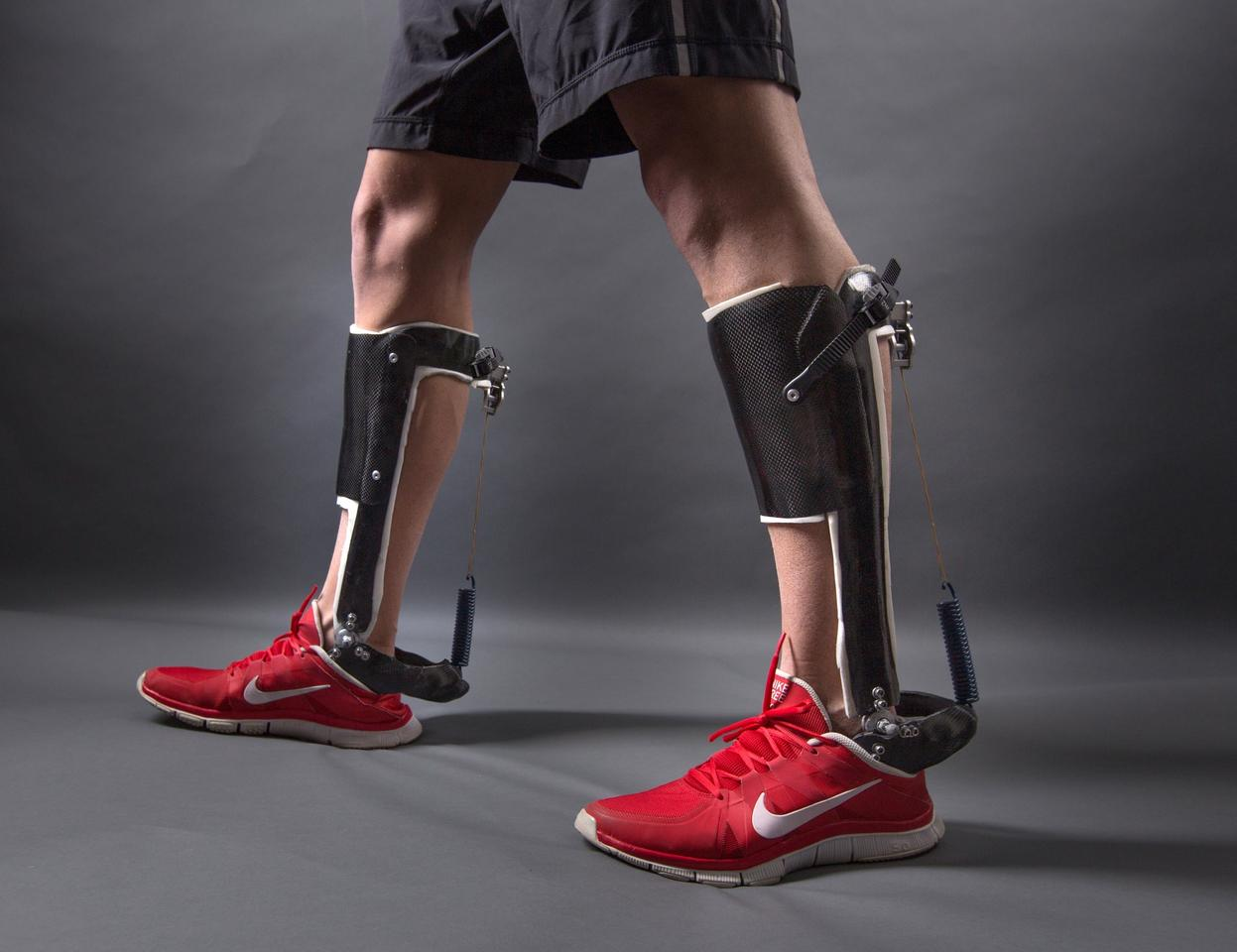 The passive-elastic ankle exoskeleton makes walking easier without the use of an external energy source (Photo: Stephen Thrift, North Carolina State University)