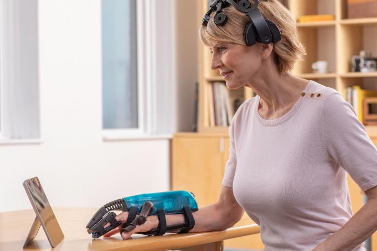 The IpsiHand system will be available for stroke rehabilitation in late 2021