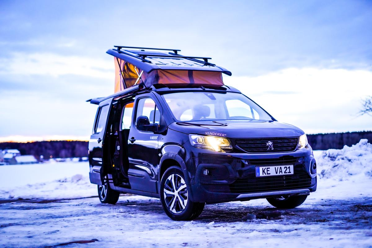 The Vanderer Urban Camper is based on the 475-cm Citroën Berlingo, Peugeot Partner or related vans