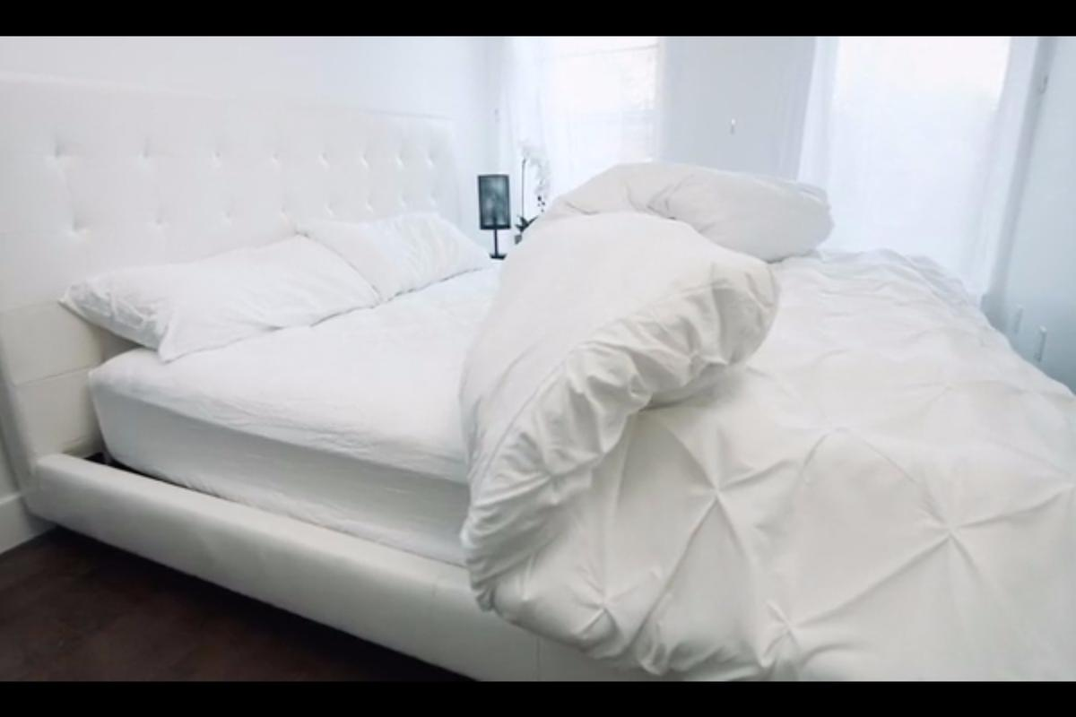 Smartduvet turns any bed into a bed that makes itself