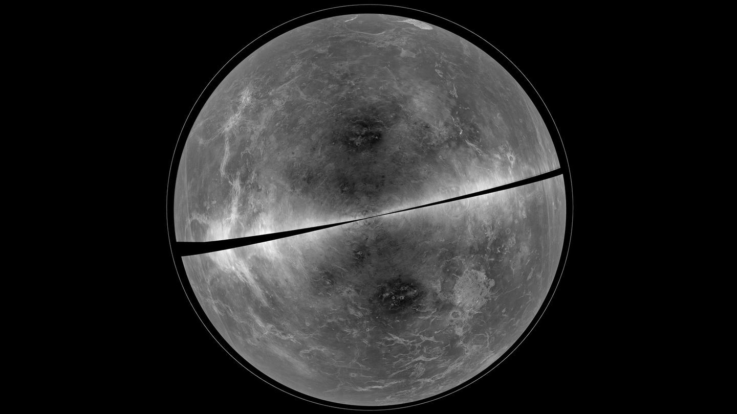 The image was compiled using data from two Earthbound observatories (Image: B. Campbell, Smithsonian, et al., NRAO/AUI/NSF, Arecibo)