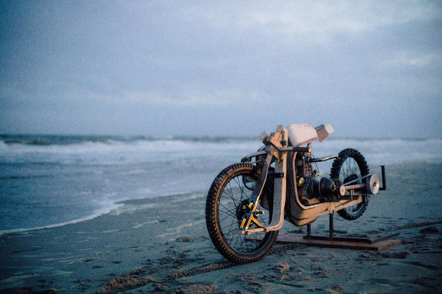 The front single-sided swingarm is made from  birch and oak