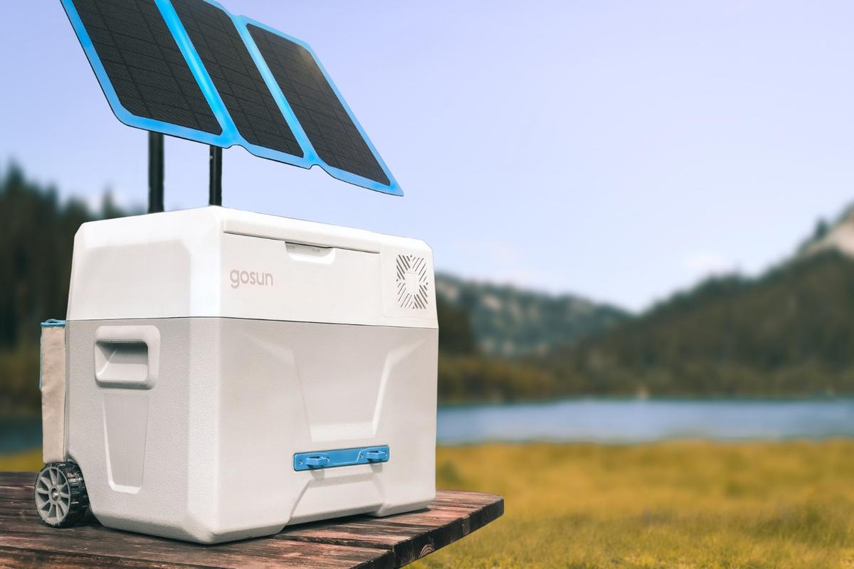 GoSun Chill, shown with the optional GoSun Flex solar panel