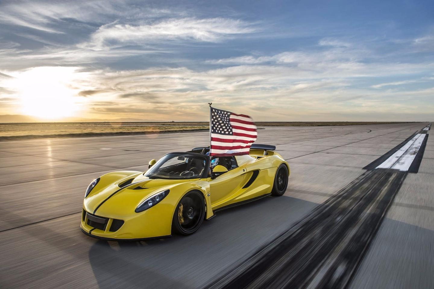 "The Hennessey Venom GT Spyder takes ""world's fastest convertible"" bragging rights"