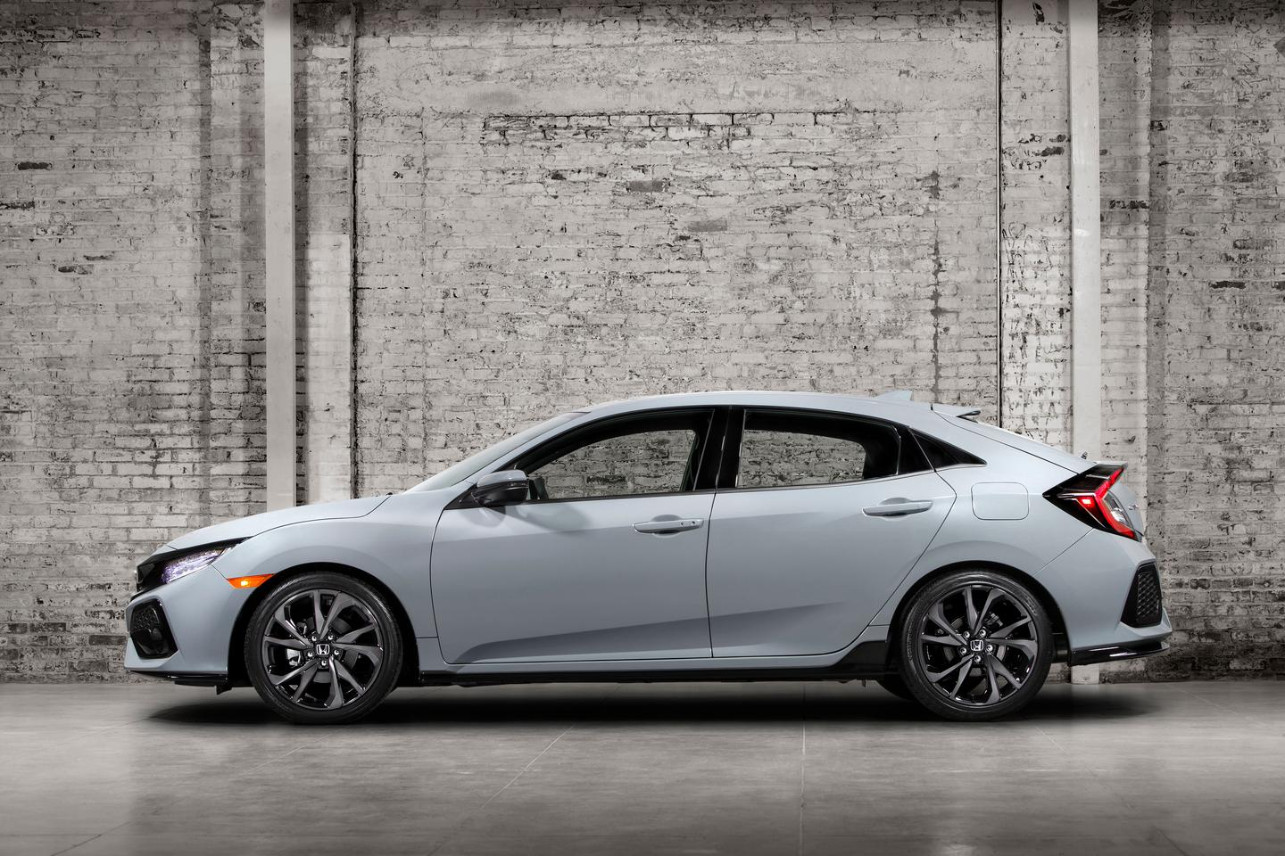 The new Civic hatch is powered by a 1.5-liter turbocharged motor