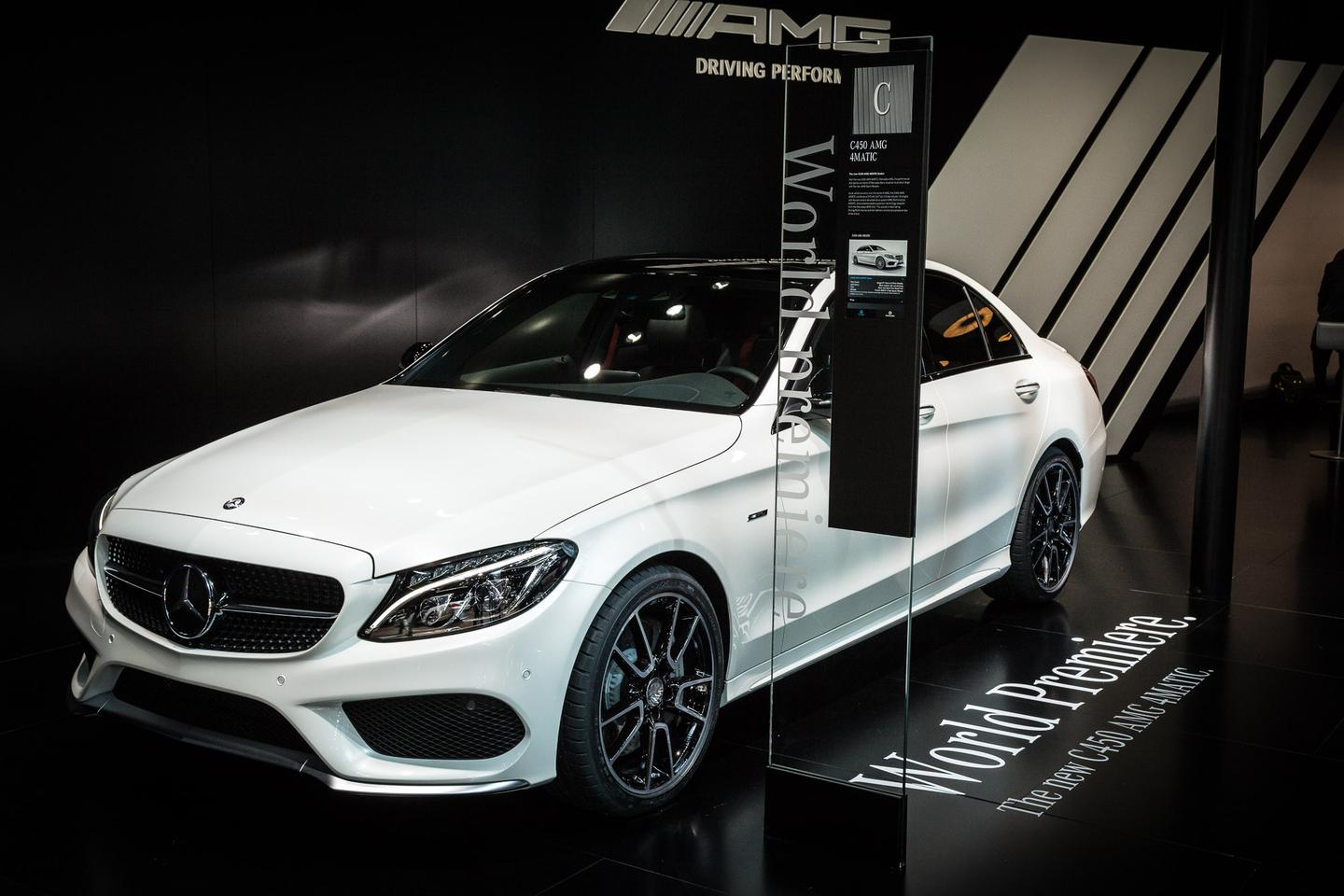 The C450 AMG made its debut in Detroit (Photo: Loz Blain/Gizmag.com)