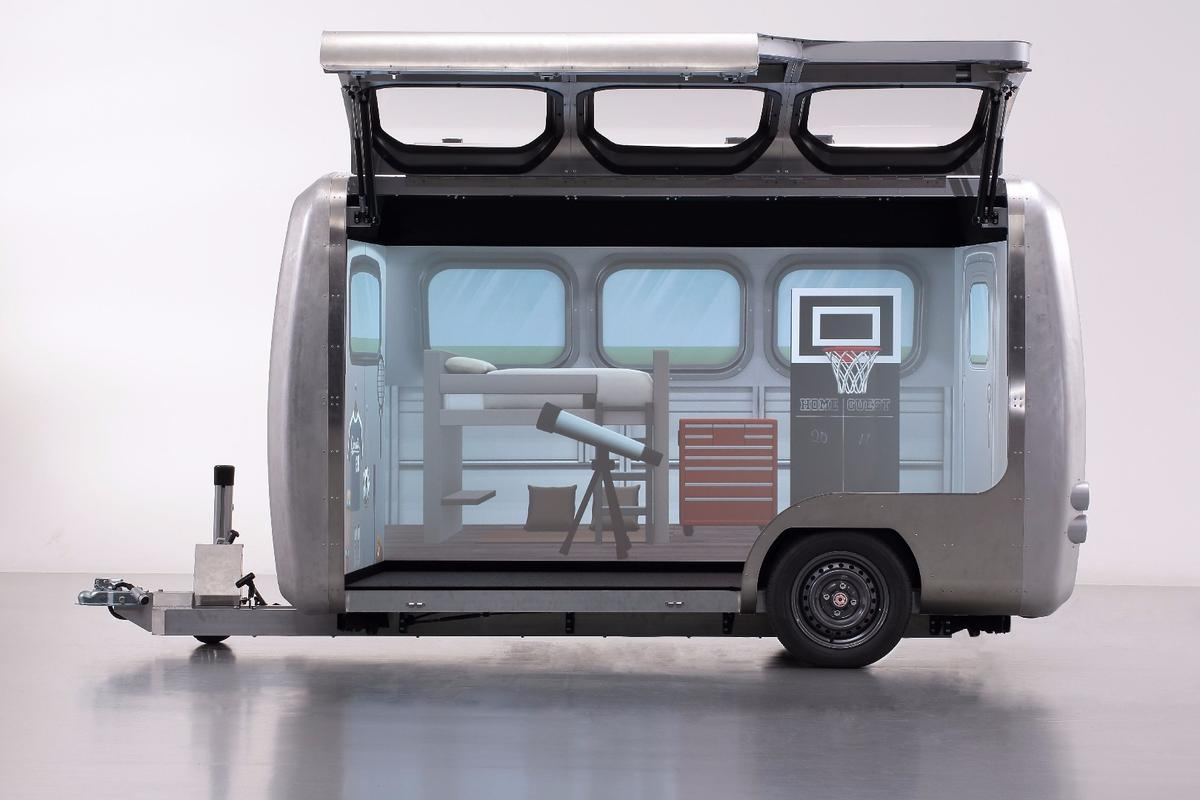 Using a tablet, Tokyo Toy Show visitors will be able to design their own trailer layouts