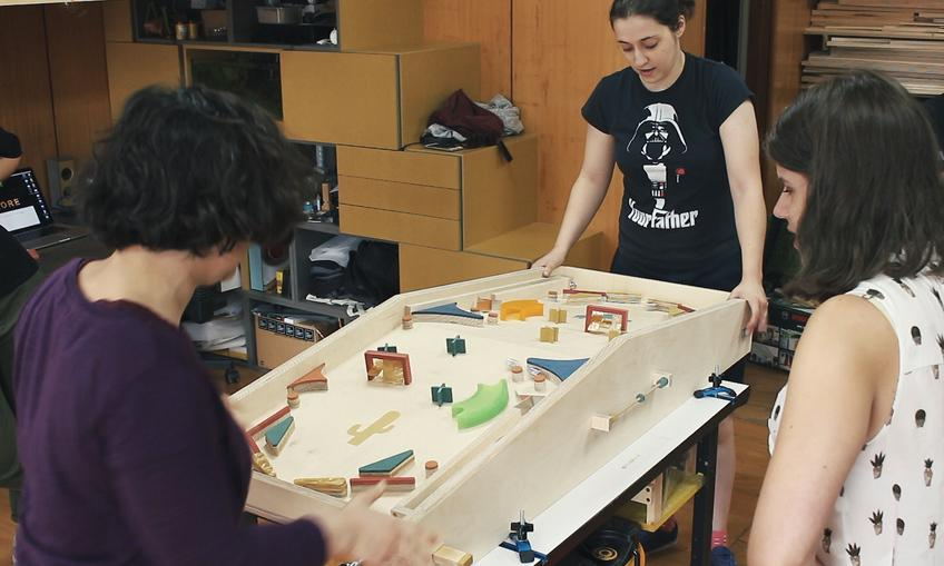 A delightfully low tech two-player pinball machine made by Cristiana Felgueiras