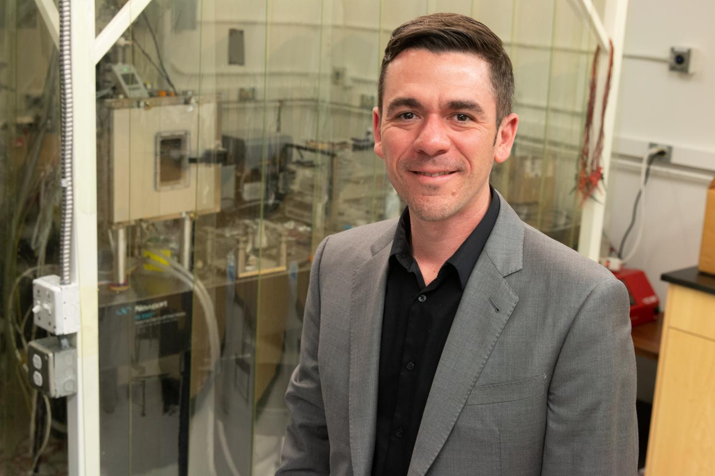 University of Utah mechanical engineering associate professor Mathieu Francoeur has discovered a way to produce more electricity from heat than thought possible with his Near-Field Radiative Heat Transfer Device