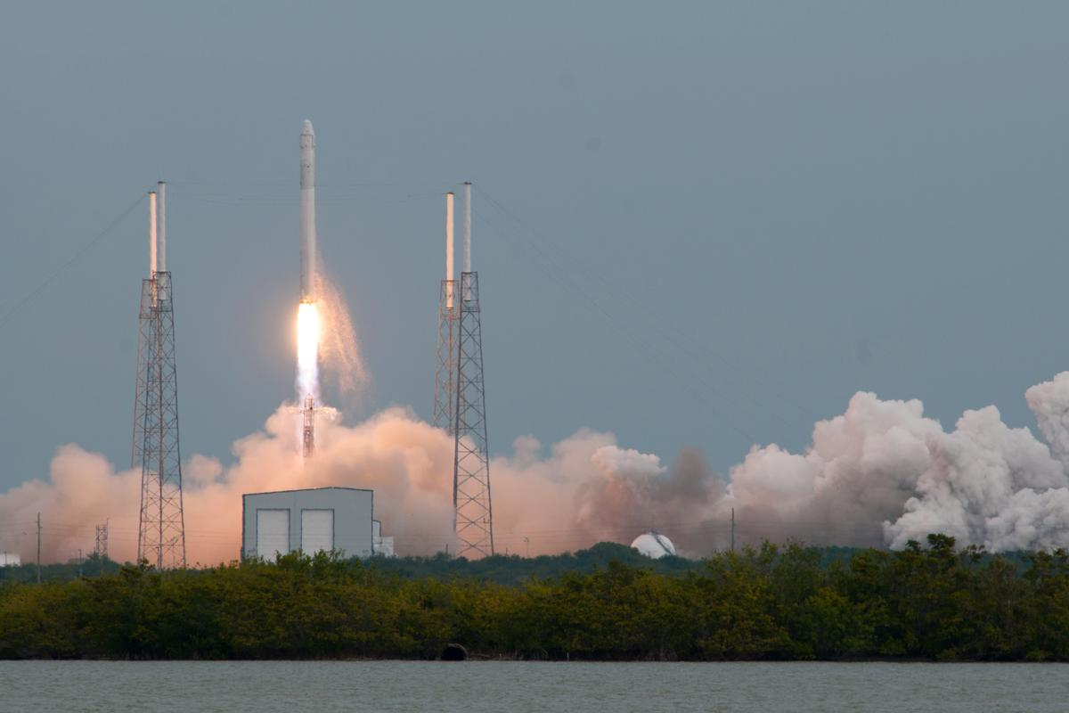 CRS-2 lifting off from Cape Canaveral Air Force Station