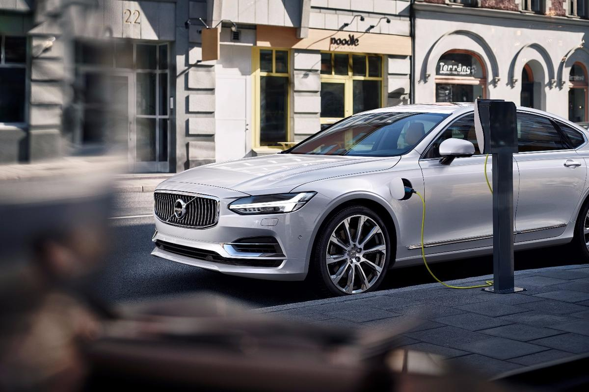 Volvo's recently revealed S90, which is available with its T8 Twin Engine plug-in hybrid powertrain option