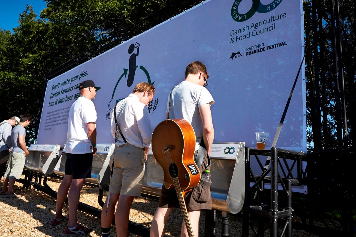 Males could just let the fluids flow into urinals positioned strategically throughout the festival grounds, but females wanting to contribute to the project had to use a P-Mate disposable urine director