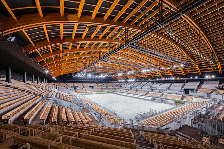The Ariake Gymnastics Centre was designed by Nikken Sekkei and the Shimizu Corporation. The project is one of eight to feature in the WAF Timber Prize shortlist