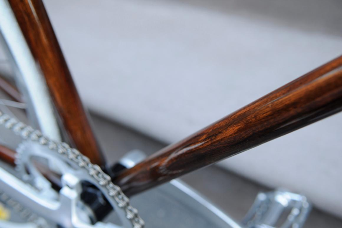 New Zealand's Rob Pollock hand-paints clients' bicycle frames with a faux woodgrain finish