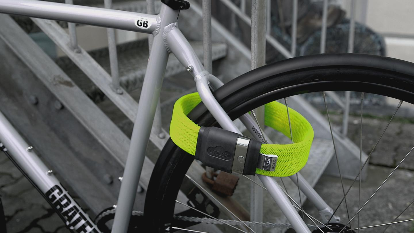 The Litelok weighs less than a U-lock, yet is claimed to be as secure