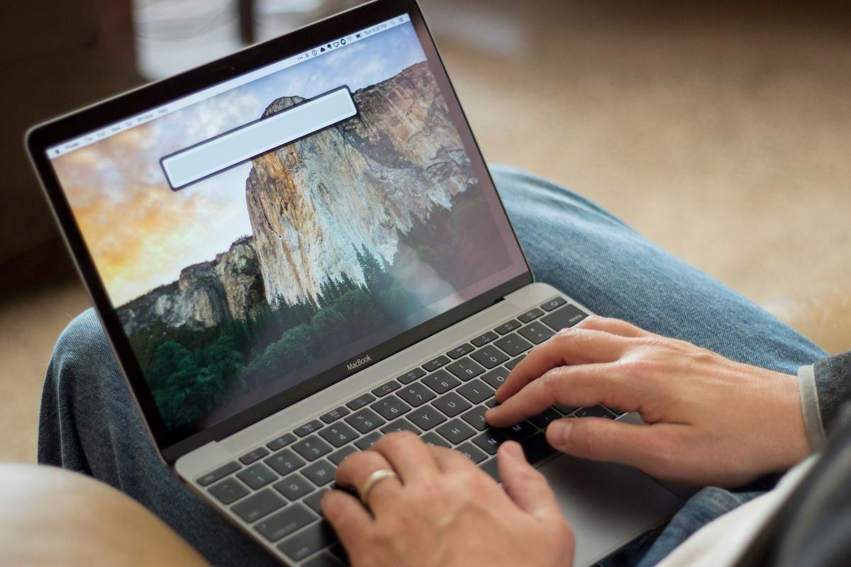 Is this the MacBook we've been waiting for? Gizmag reviews Apple's new 12-inch MacBook (Photo: Will Shanklin/Gizmag.com)