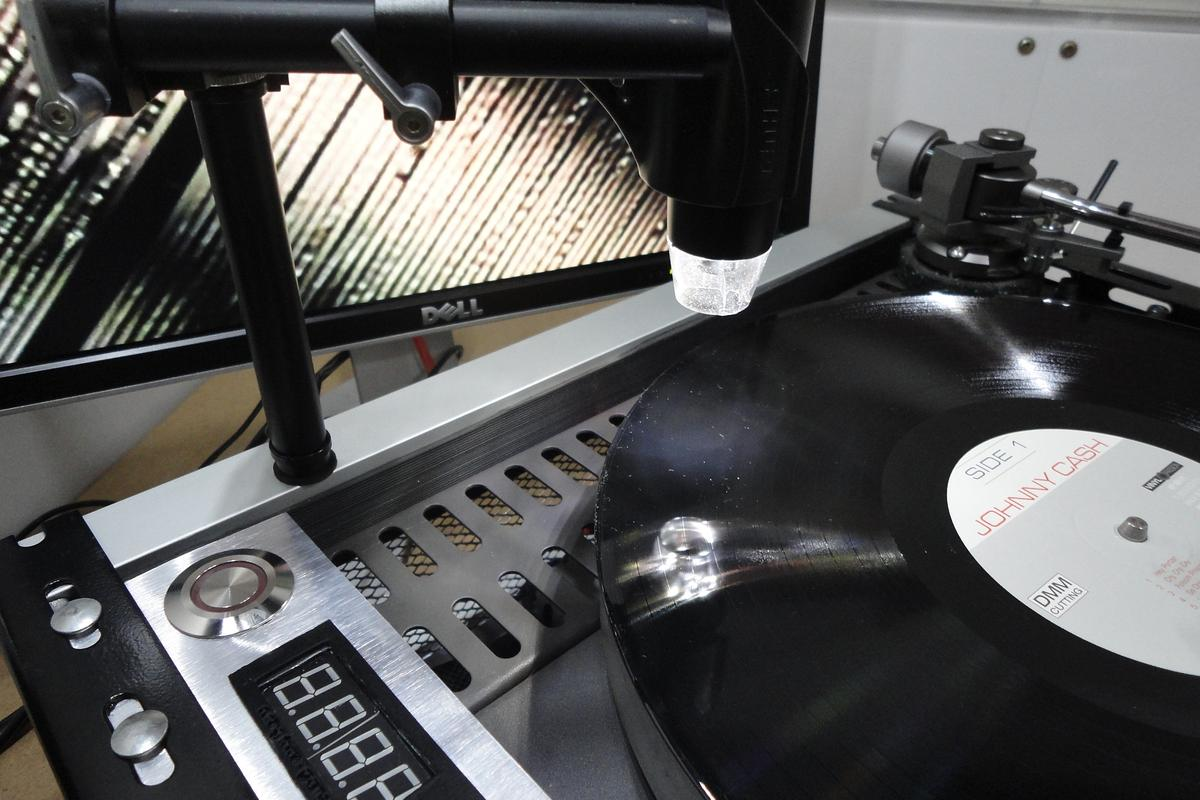 The DRC (Desktop Record Cutter) puts vinyl record making in the hands of home musicians