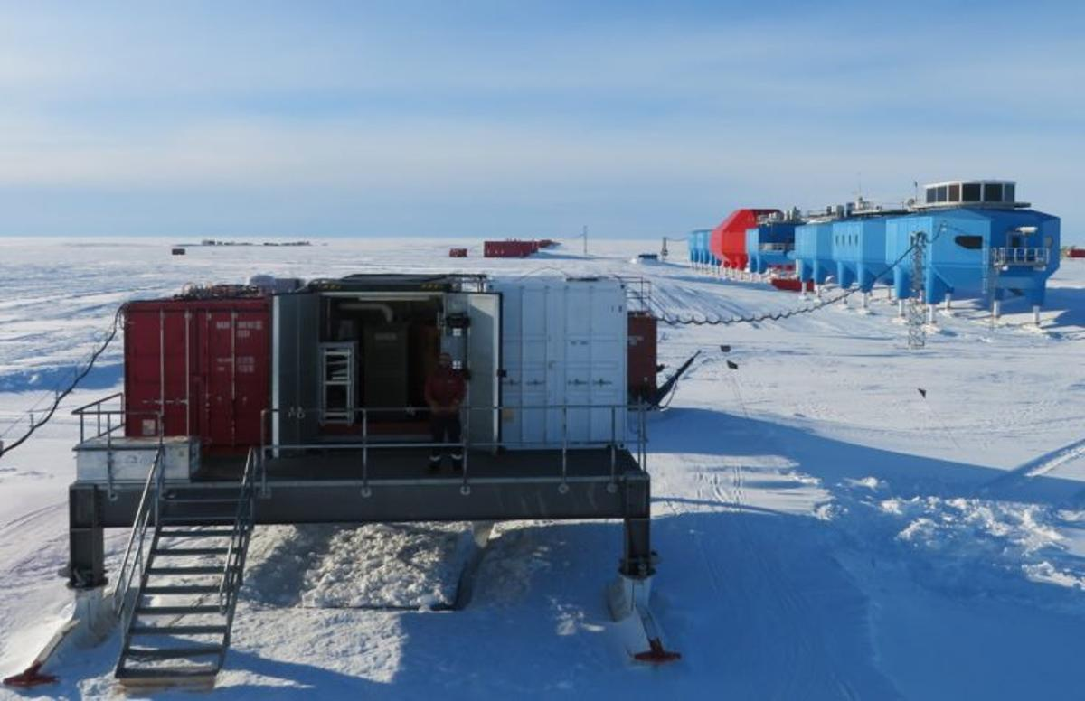 The Automation platform at Halley Research Station provides power to scientific instrumentsfrom a micro-turbine