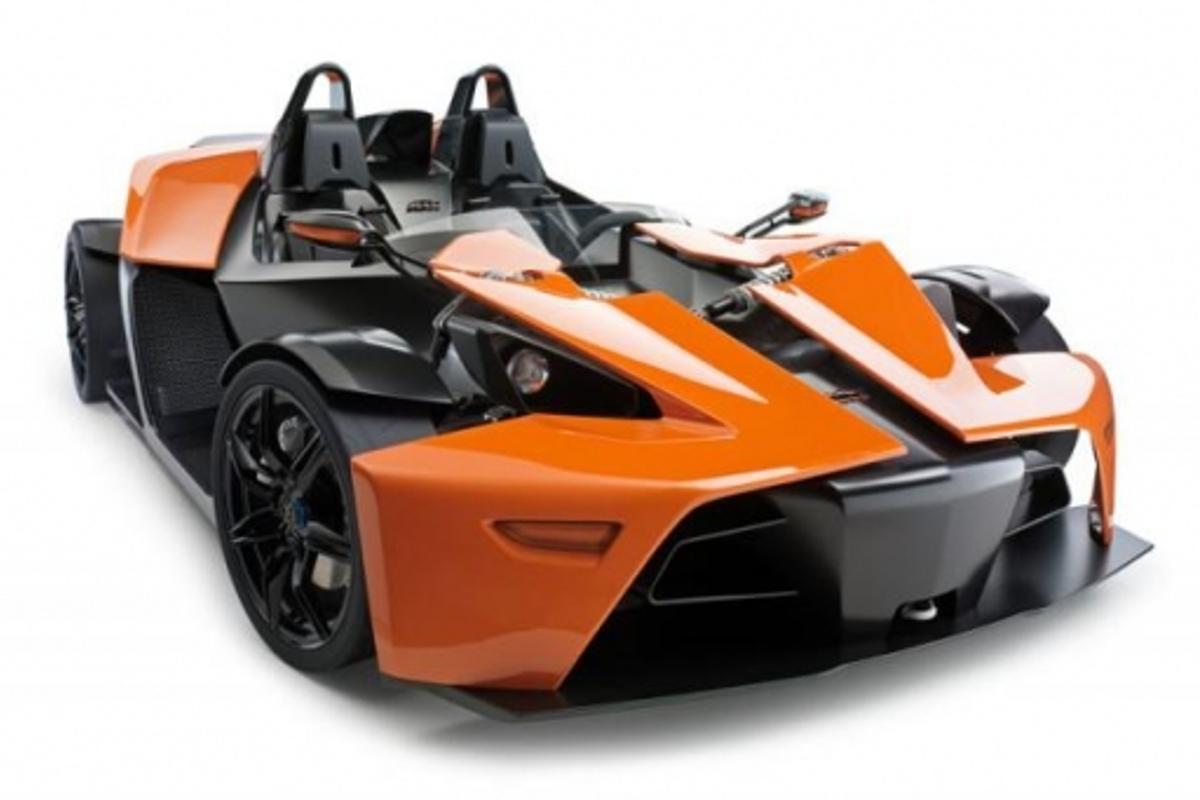 700kg, 300 bhp carbon fibre X-Bow