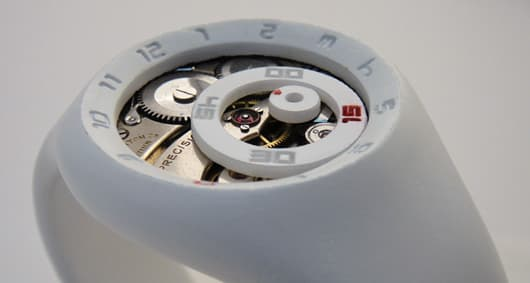 Geoffrey Cooper's Geocentric Watch concept tells time via