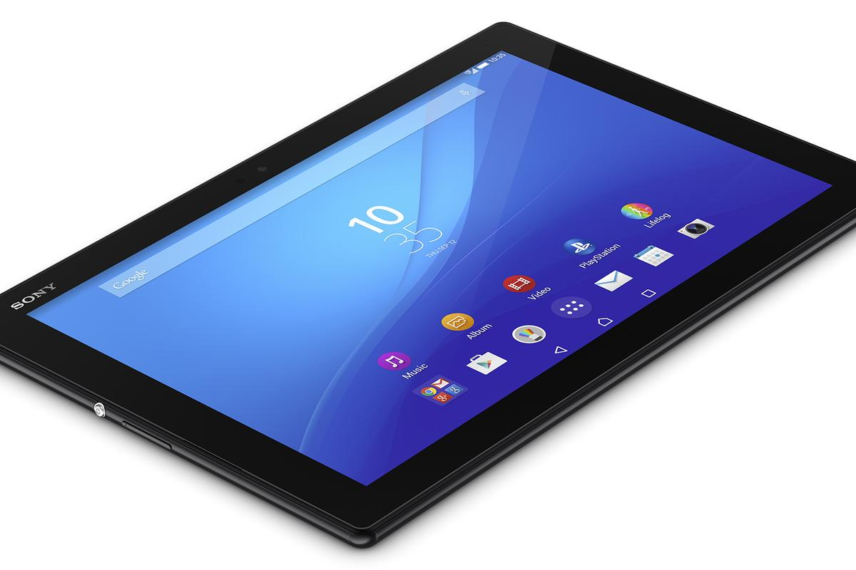 The Xperia Z4 tablet features a 10.1-inch display size with a 16:10 aspect ratio and 2,560 x 1,600 pixel resolution